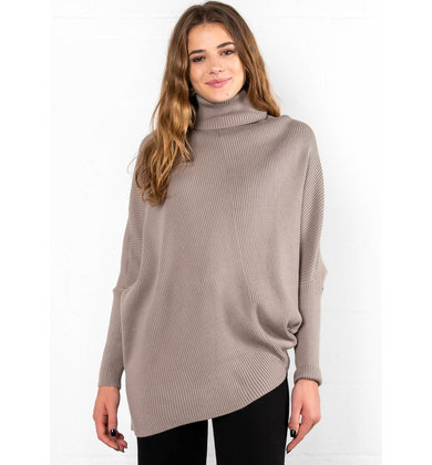 HARVEST SEASON TURTLENECK SWEATER