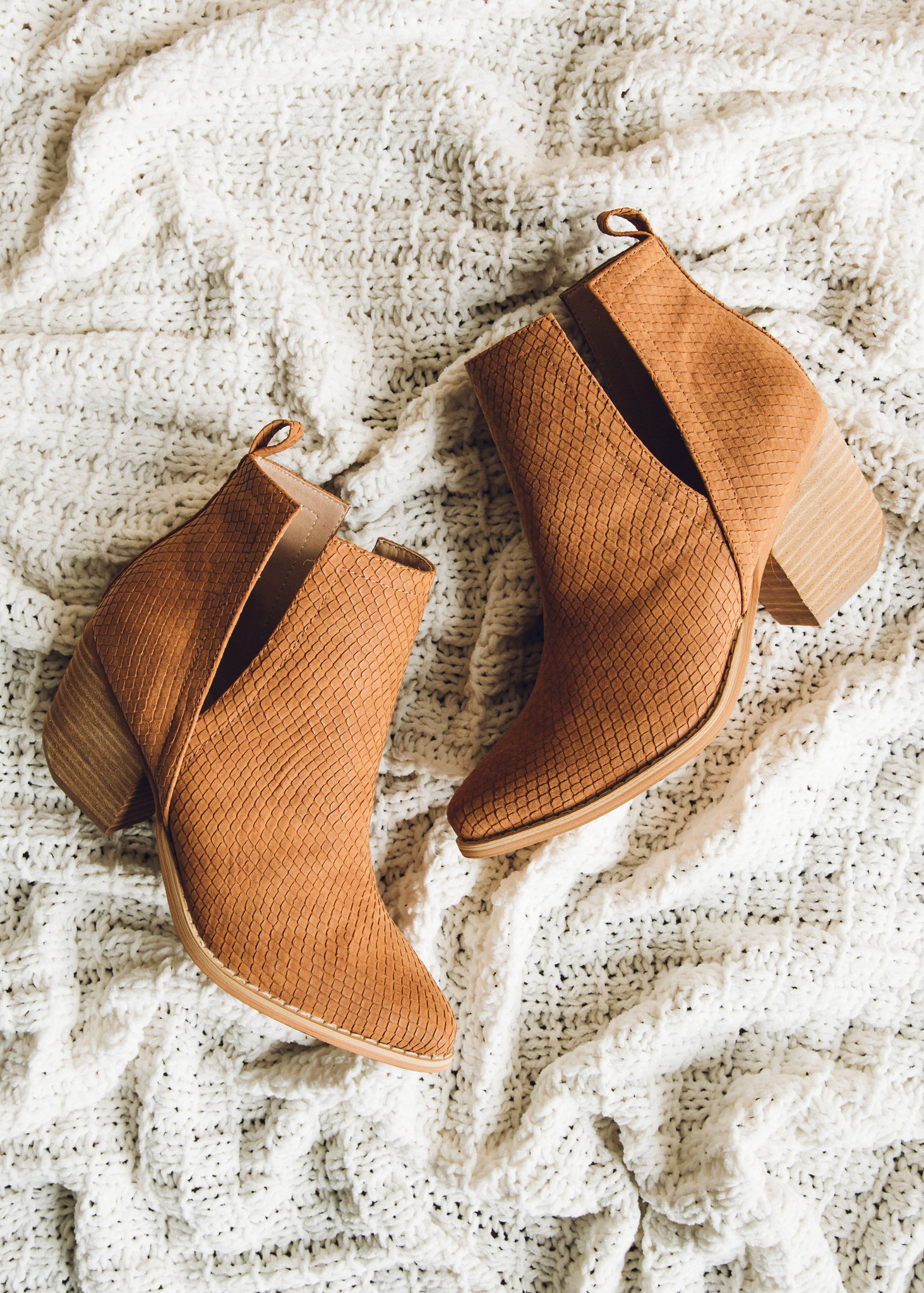 HEART OF FALL SNAKESKIN BOOTIES