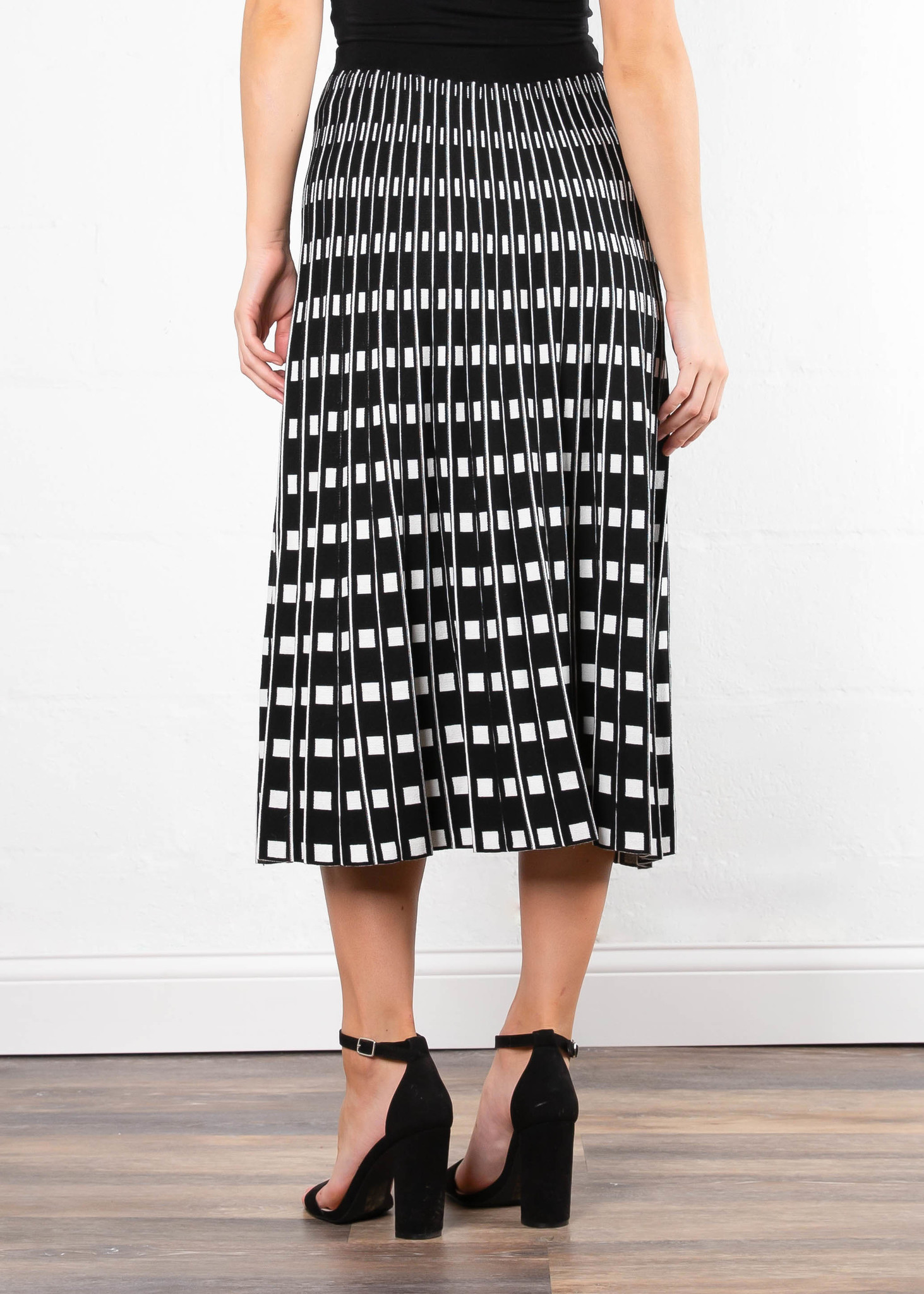 MOMENT TO SHINE PRINTED SKIRT