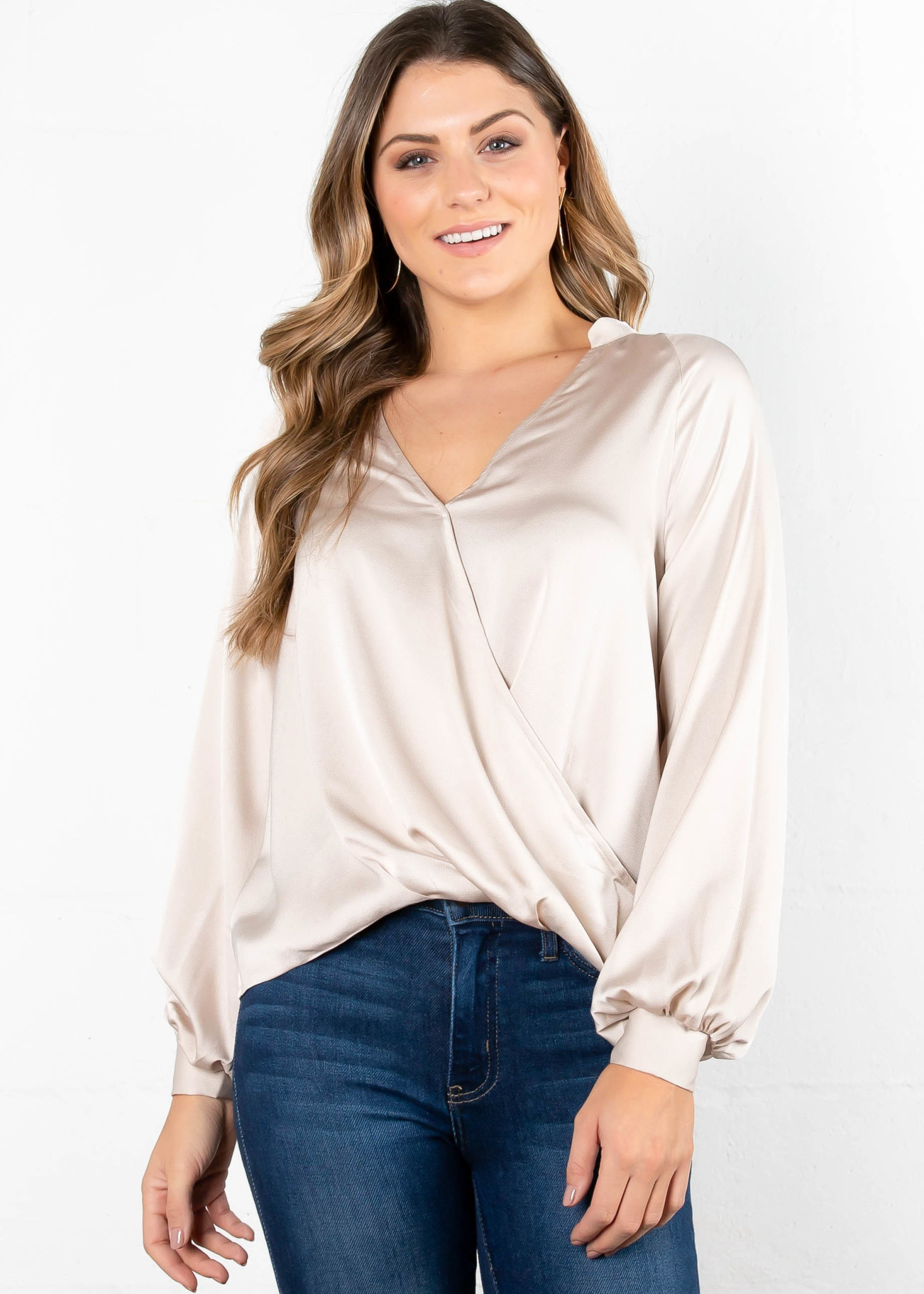 BRIGHT LIGHTS SURPLICE BLOUSE