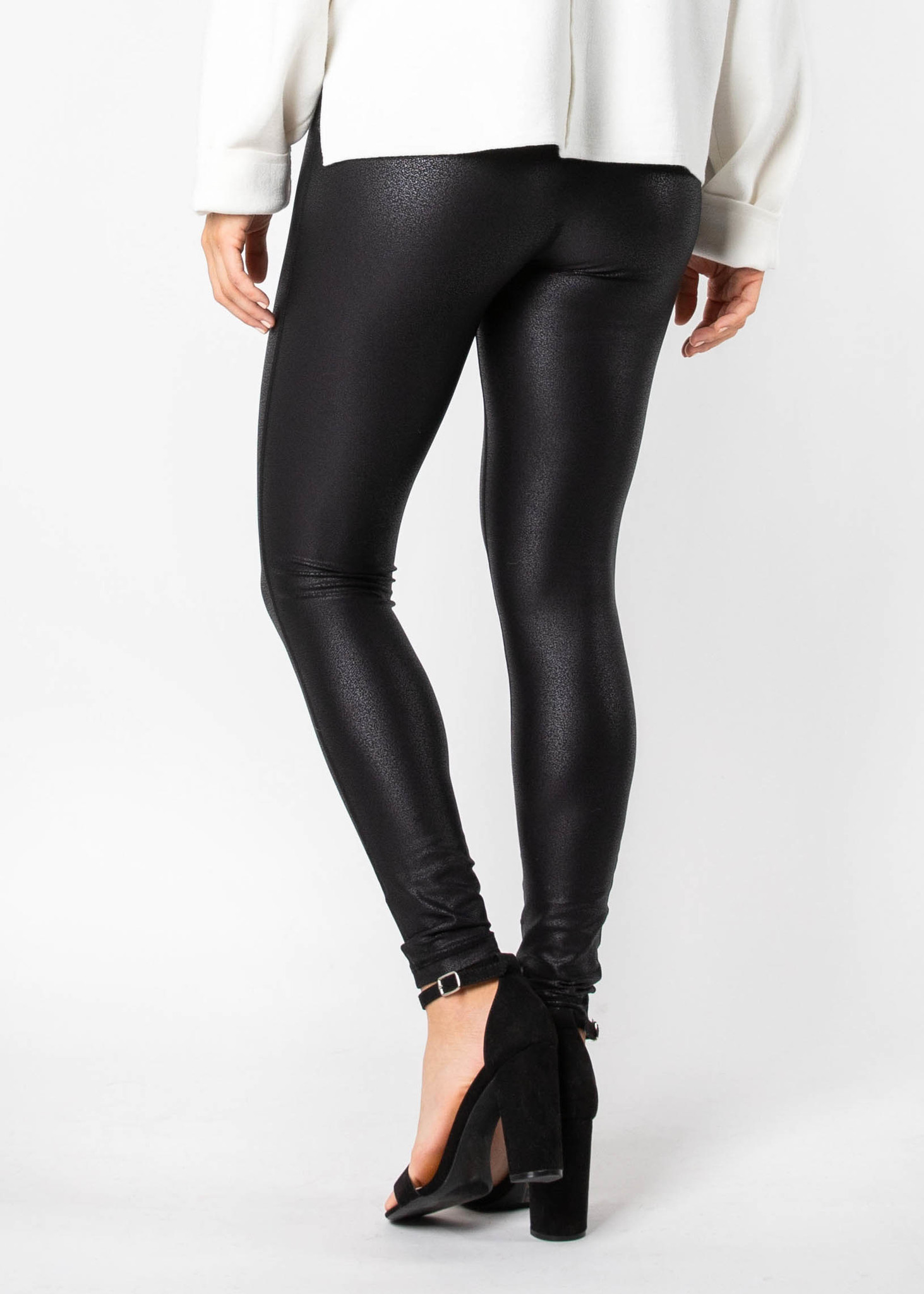 STRONG FINISH LEATHER LEGGINGS