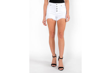 EYE ON YOU DENIM SHORTS - WHITE