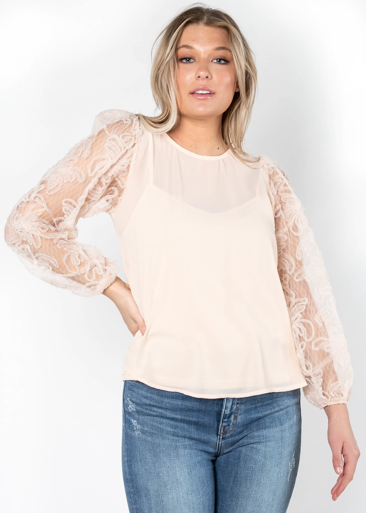 EFFORTLESS GRACE BLUSH BLOUSE