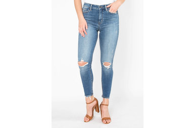 SIDE BY SIDE DISTRESSED JEANS