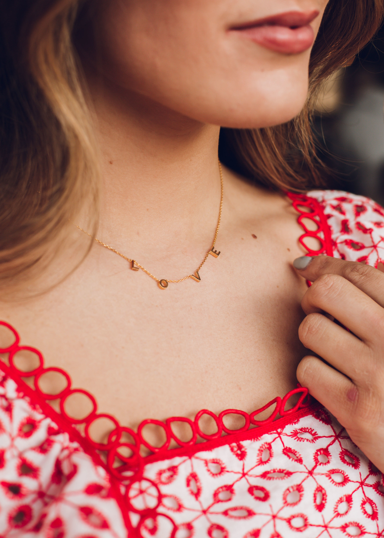 CITY OF LOVE GOLD NECKLACE