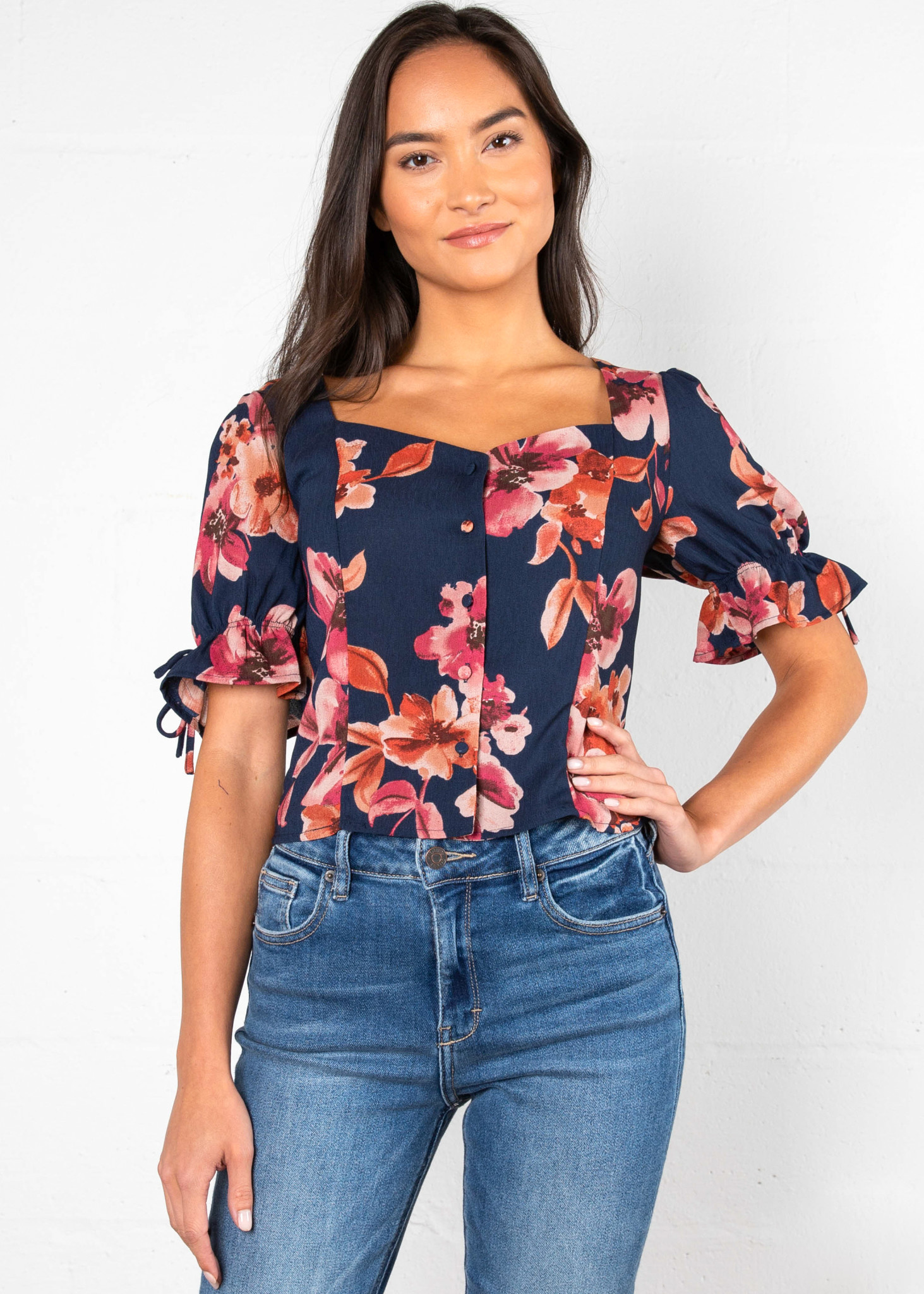 BLOSSOM FLORAL PRINT BLOUSE