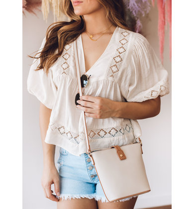 SOFT BREEZE CROSSBODY BAG
