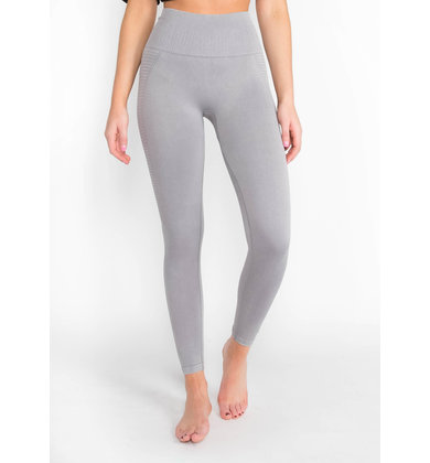 TOP PERFORMER GREY LEGGINGS