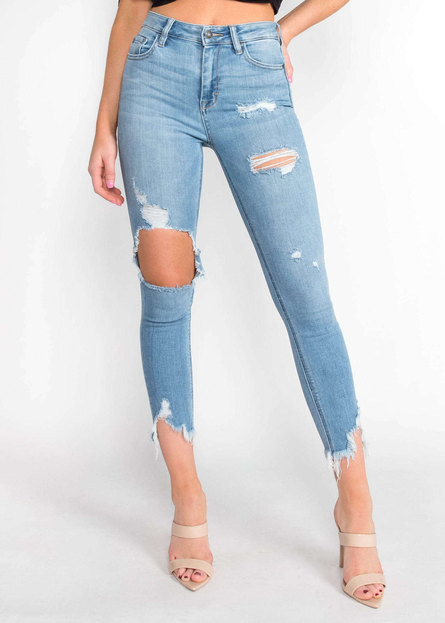 SAY YES TO DISTRESS SKINNY JEANS