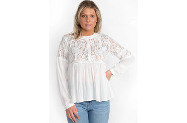 MI AMOR WHITE LACE BLOUSE
