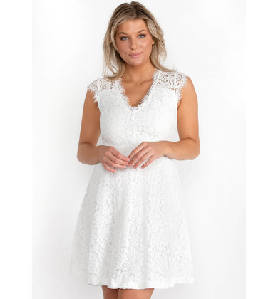 STRING OF PEARLS WHITE DRESS