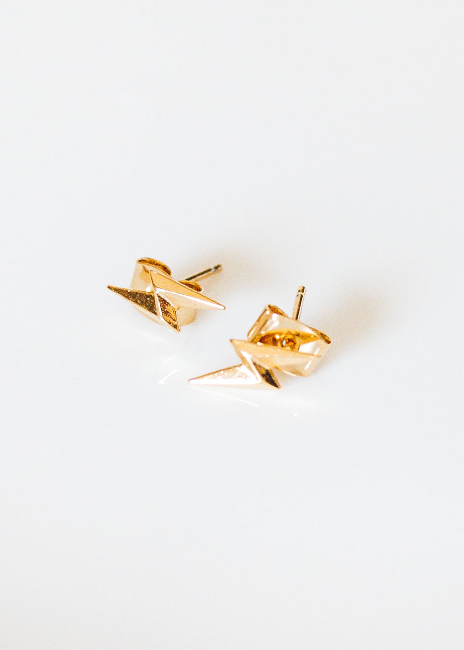 UTOPIA LIGHTNING EARRINGS