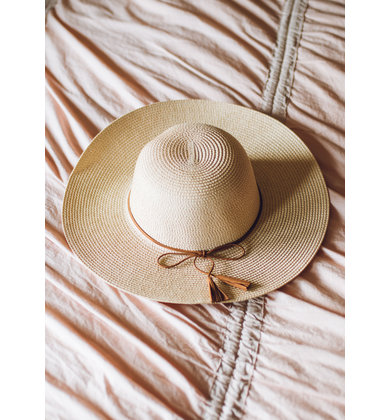 ON THE DOCK STRAW HAT