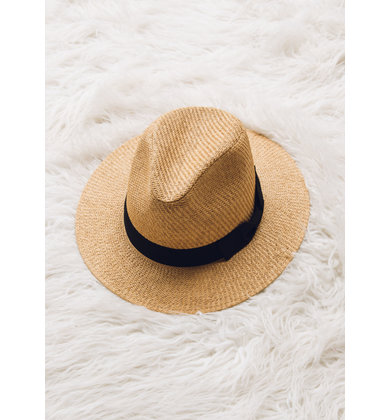 BEACH READY STRAW HAT