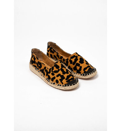 OUT IN STYLE LEOPARD ESPADRILLES