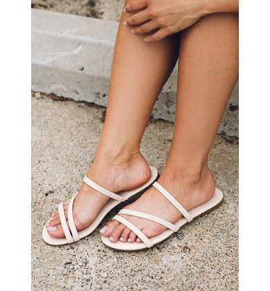 SAND IN MY SHOES SANDALS - BEIGE