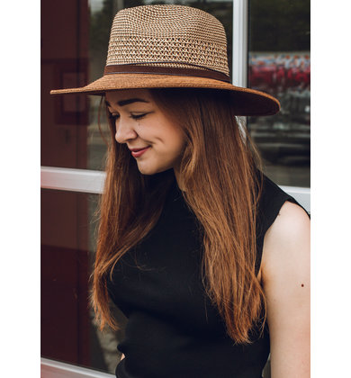 BRONZED BEAUTY STRAW HAT
