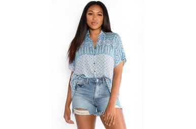 POOLSIDE PRINTED BUTTON UP TOP