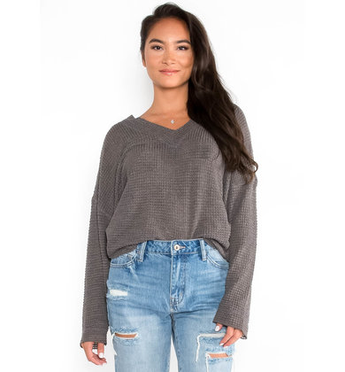 VIRGO CHARCOAL WAFFLE KNIT TOP