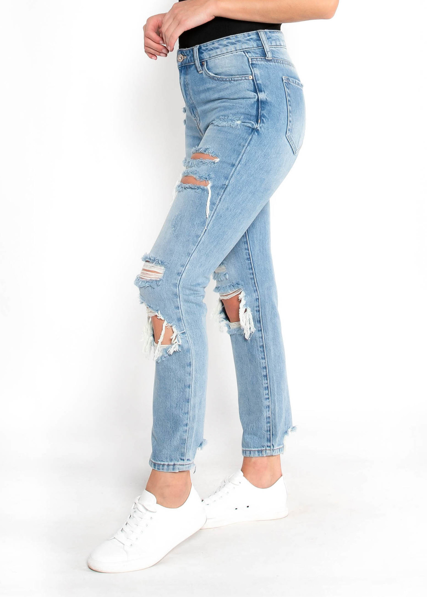 ROYCE DISTRESSED JEANS