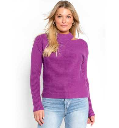 SOMEBODY TO LOVE SWEATER - FUCHSIA