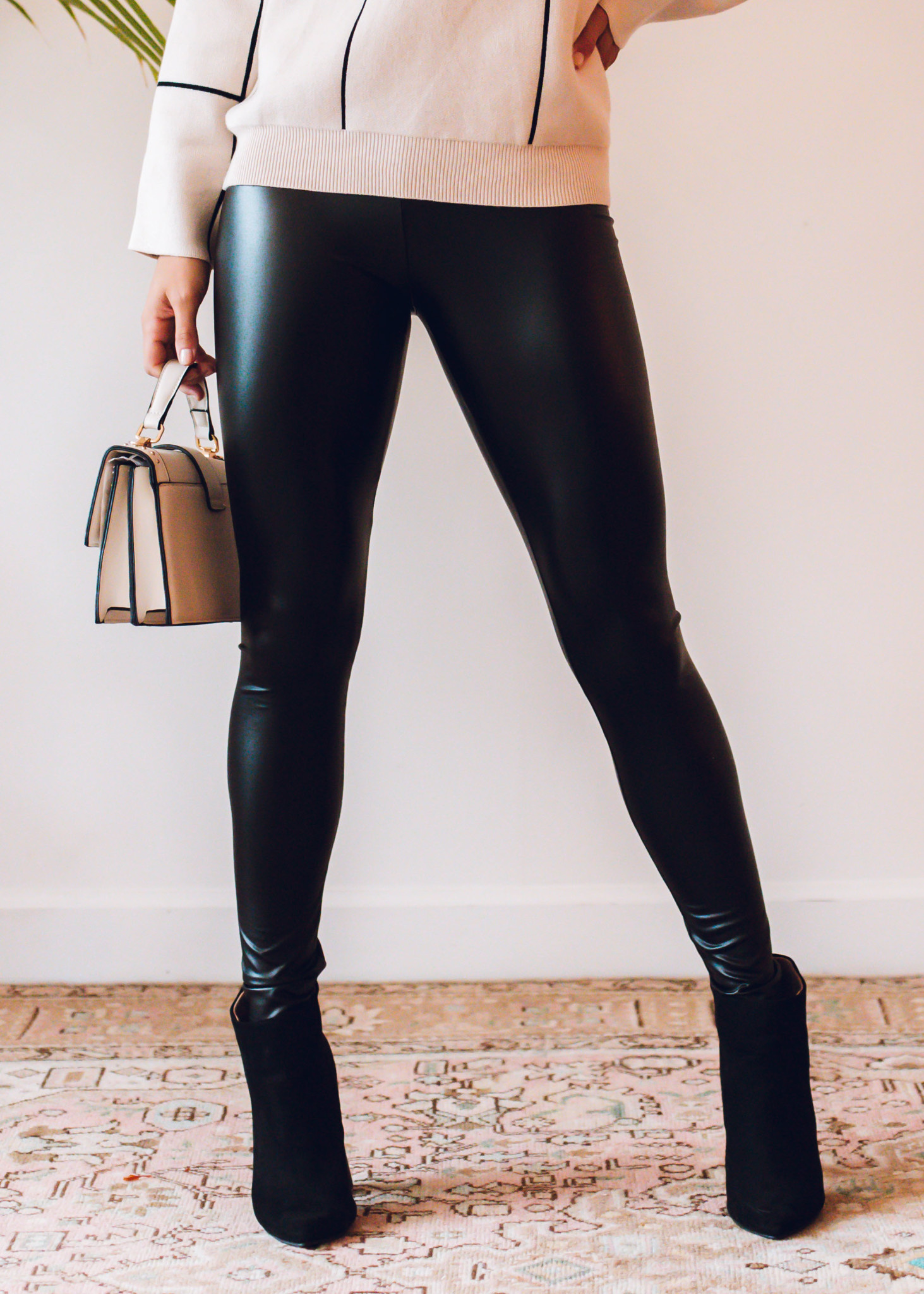 WORTH THE HYPE LEATHER LEGGINGS