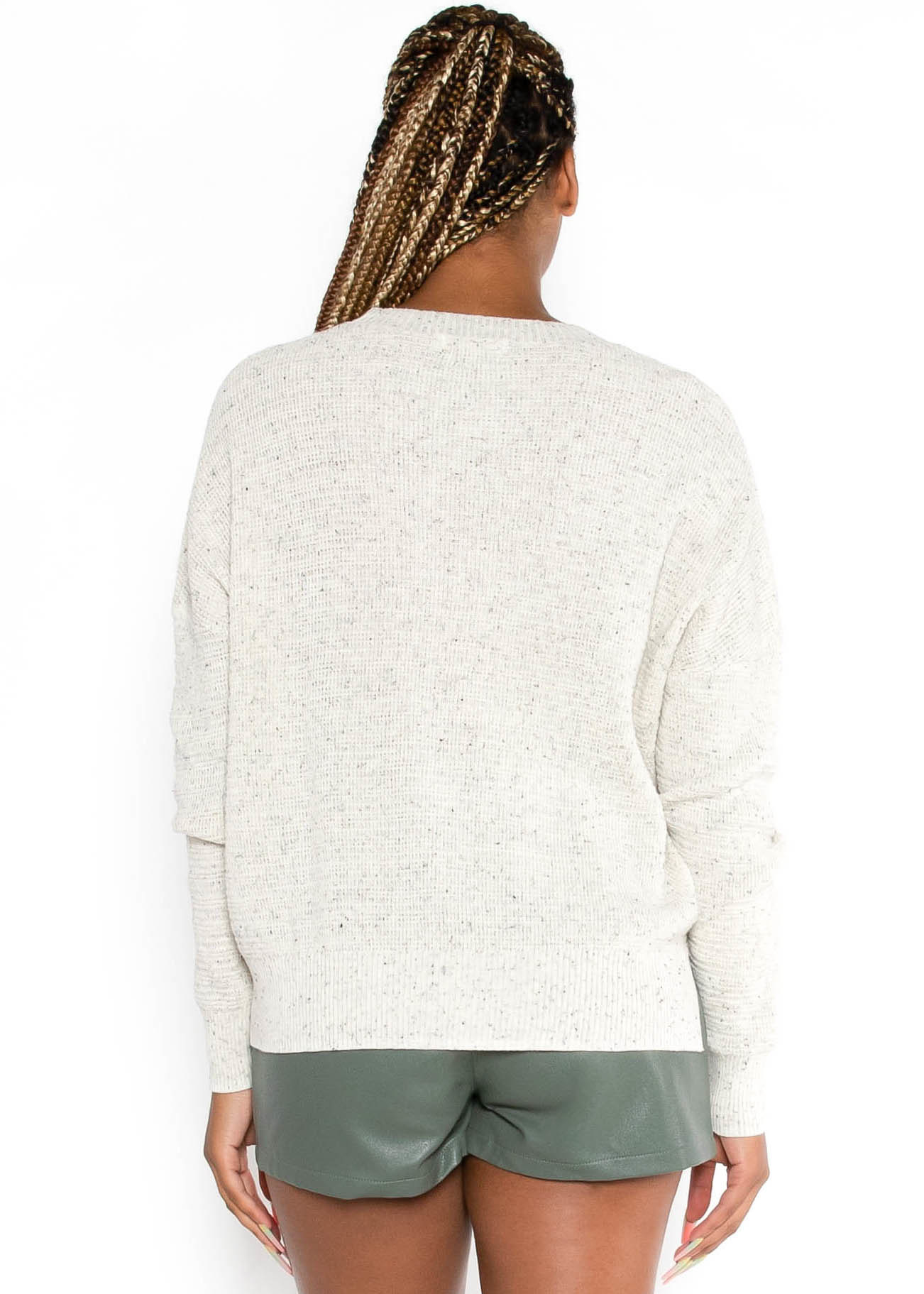 STRAIGHT TO THE POINT SWEATER