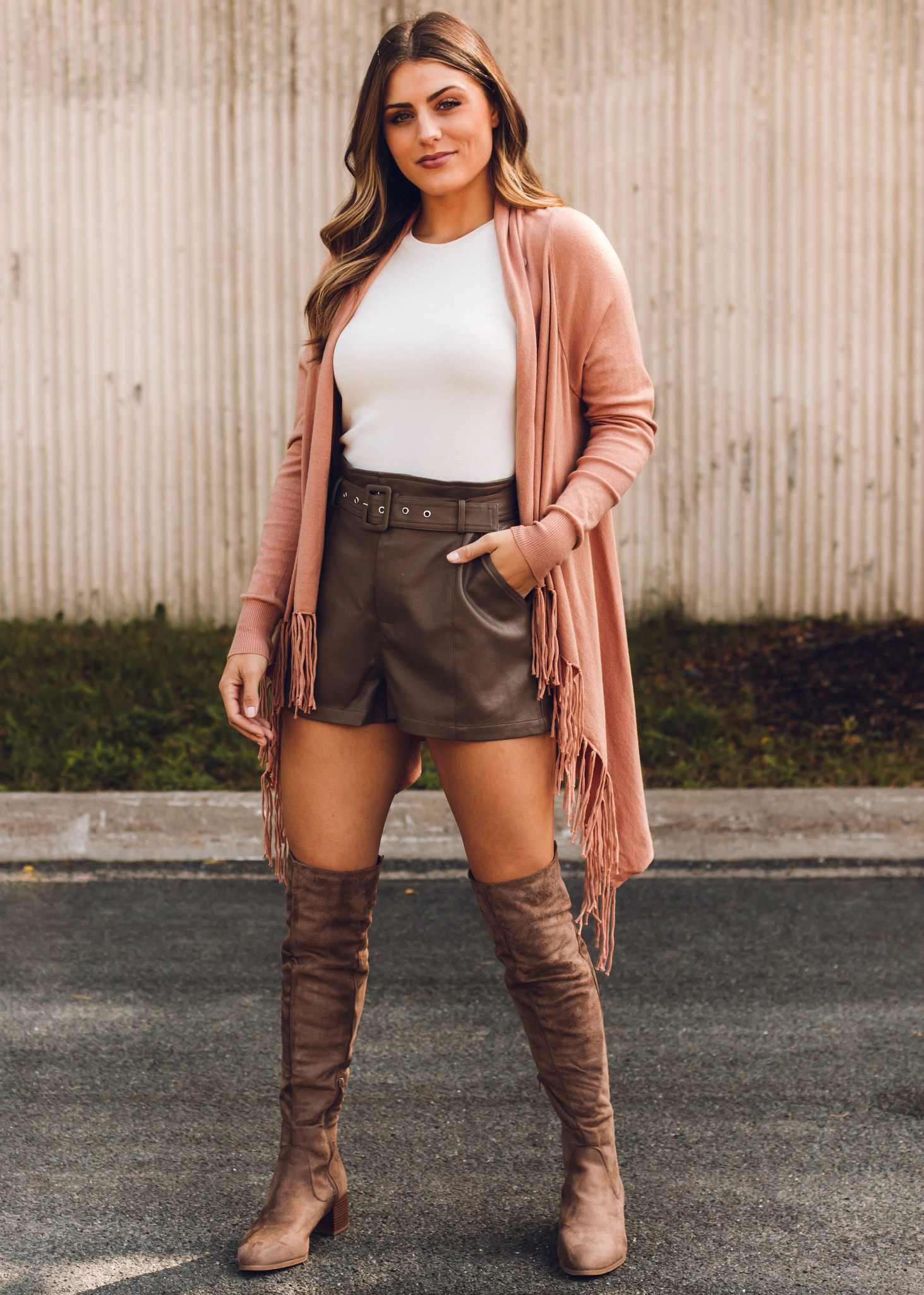 PAXTON LEATHER SHORTS - MOCHA