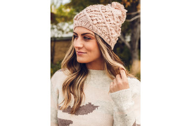 KEEP ME COZY POM HAT - PINK