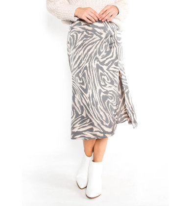 TWISTED MEMORIES PRINTED SKIRT