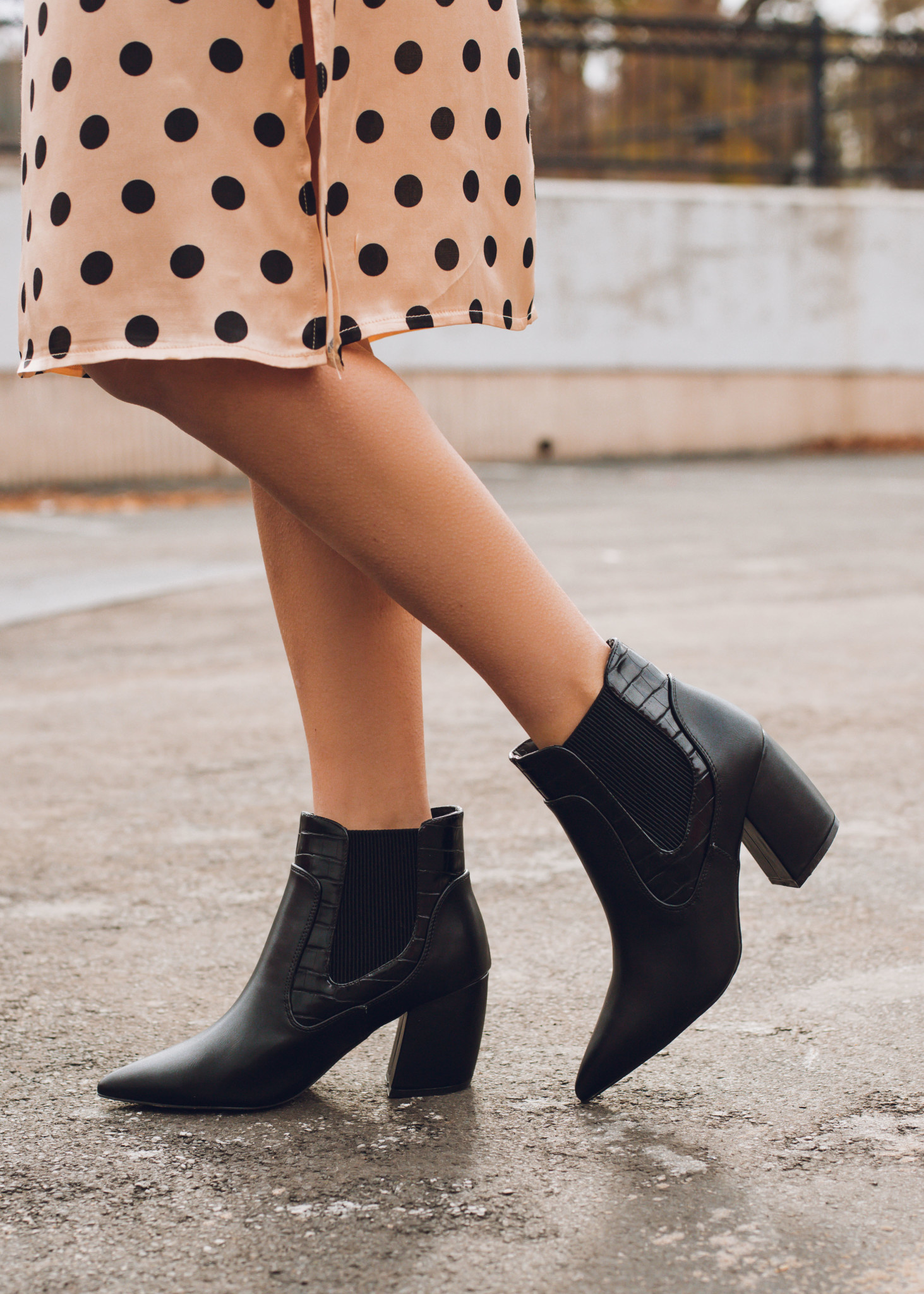 MEANT TO SHINE BLACK BOOTIES