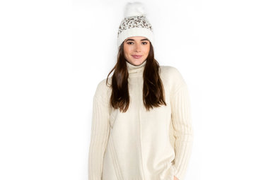 SHADES OF WINTER POM HAT - WHITE