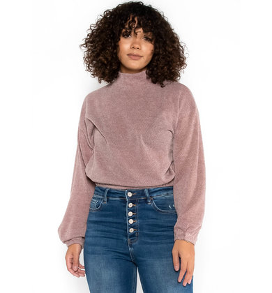 NEW IN TOWN MOCK NECK SWEATER