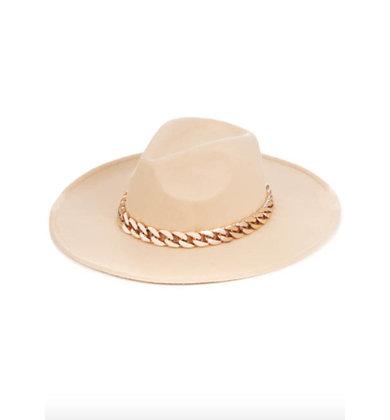 WEAR IT WELL GOLD CHAIN HAT