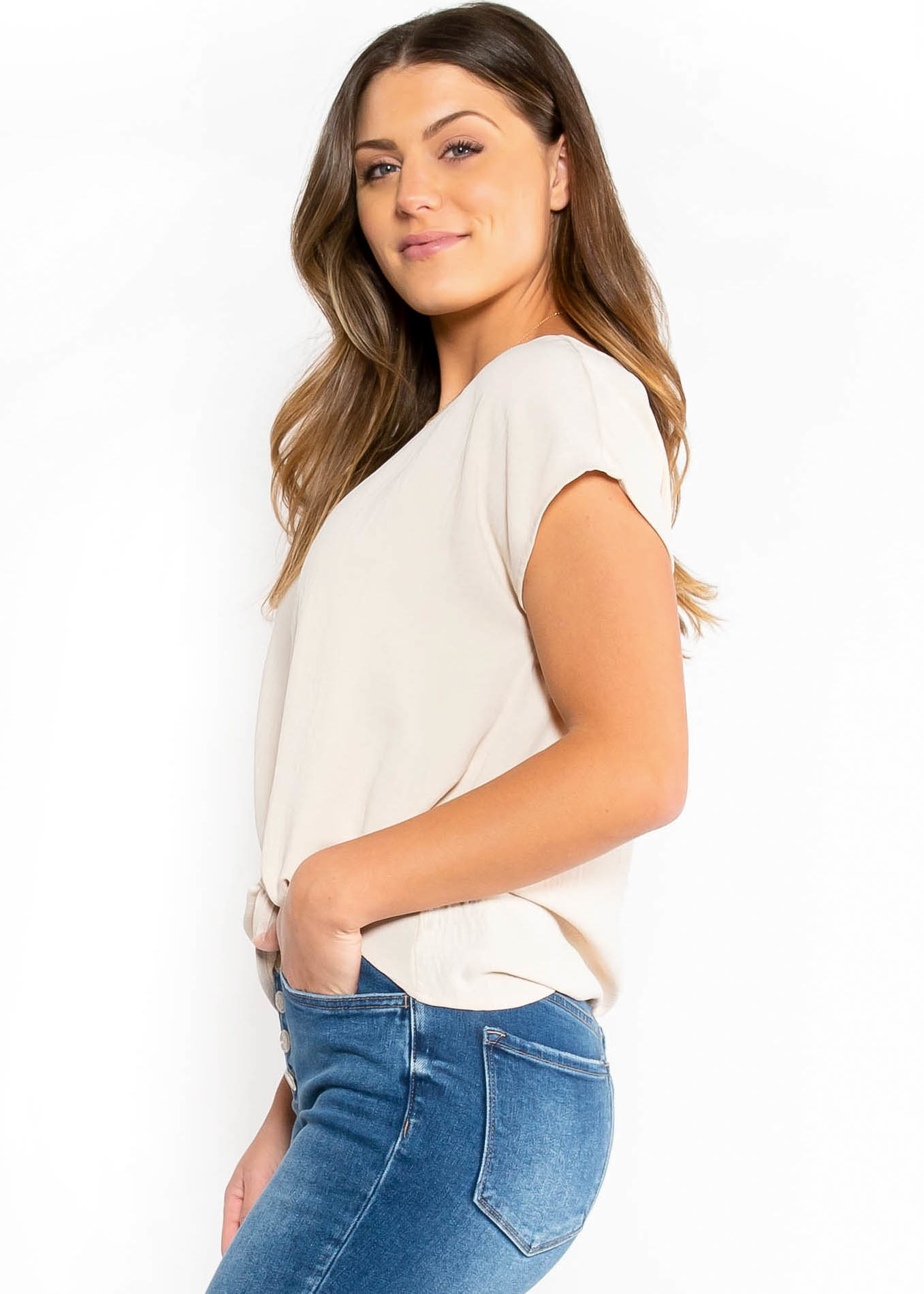 SIMPLE STATEMENT KNOTTED BLOUSE