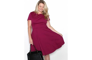BRINLEY BERRY SCALLOP DRESS