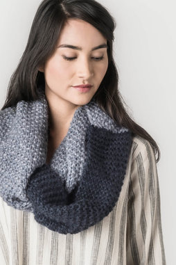 Image of Blue Sky Fibers Nevis Cowl Kit