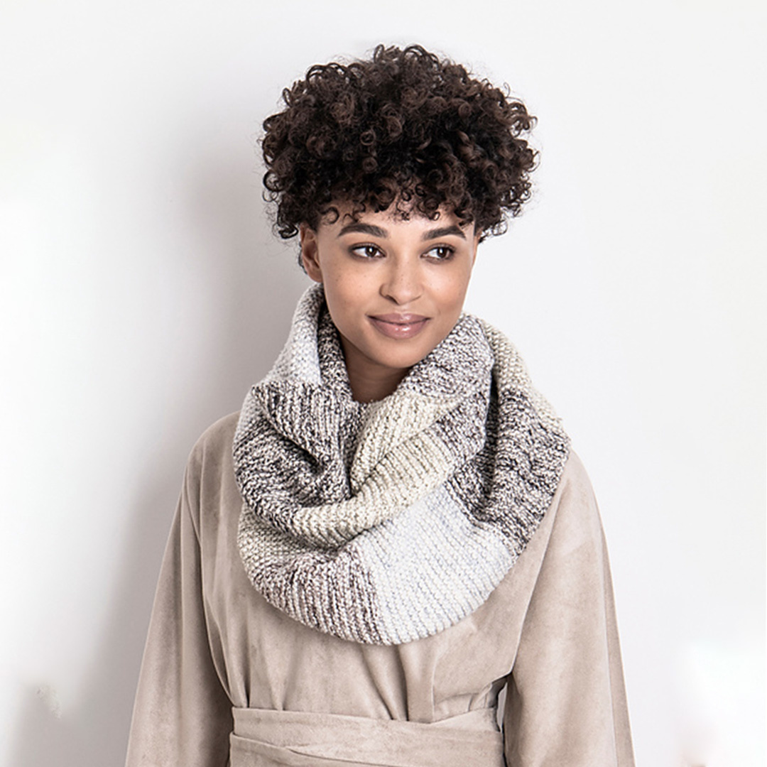 Feature Pattern of the Week - Crosslake Cowl