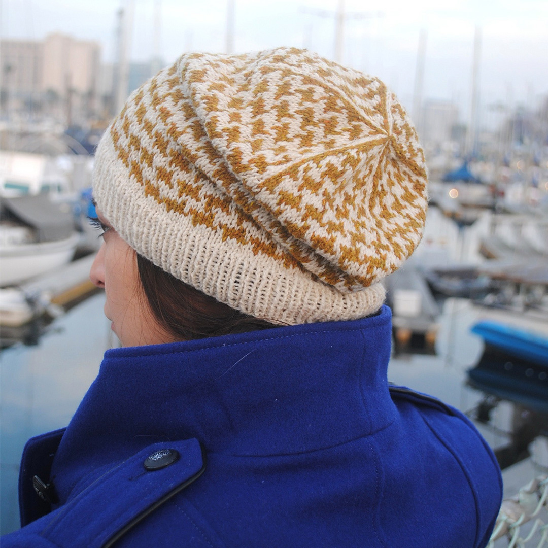 Feature Pattern of the Week - Houndstooth Slouch