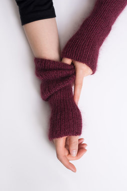 Image of Shibui Coda Mitts Kit, Bordeaux