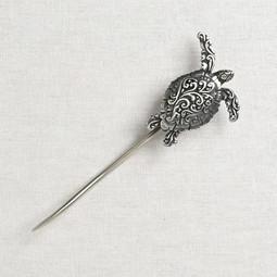 Image of JUL Designs Filigree Sea Turtle Shawl Stick, White Brass