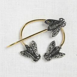 Image of JUL Designs Filigree Honeybee Penannular Brooch