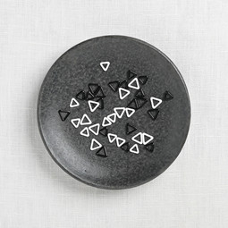 Image of Cocoknits Triangle Stitch Markers, x-small, 40 ct.