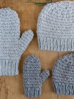Image of Dot Mittens