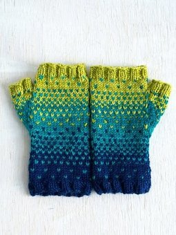 Image of Drops of Spring Mitts