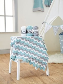 Image of Knitted Chevron Baby Blanket