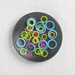 Image of ChiaoGoo Stitch Markers 40 ct. 5-15mm