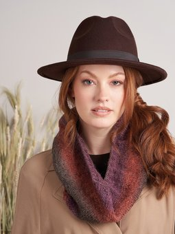 Image of Scallop Cowl