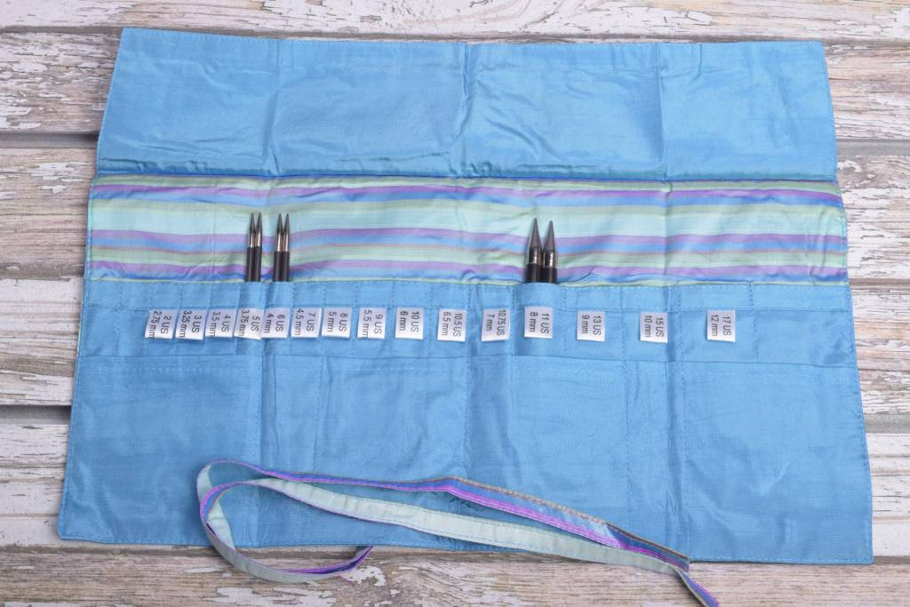 Image of Della Q Interchangeable Needle Case 185-1, 23 Ocean Stripe