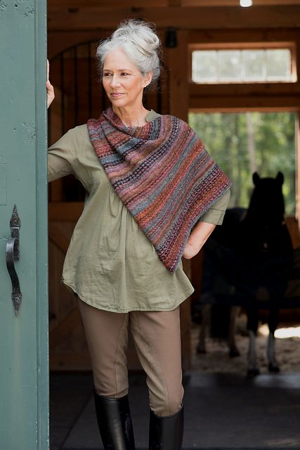 Wool & Co. Feature Pattern of the Week - Broderie
